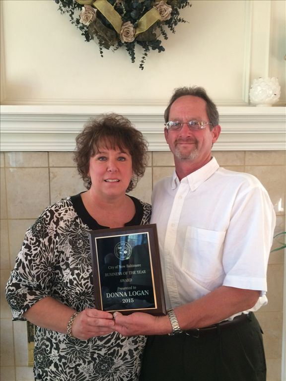 2015 Business of the Year Donnas Creative Images, Donna and Scott Logan