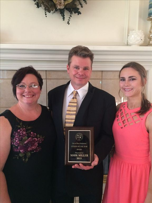 2015 Citizen of the Year Mark Miller with Camille and Brianna Miller