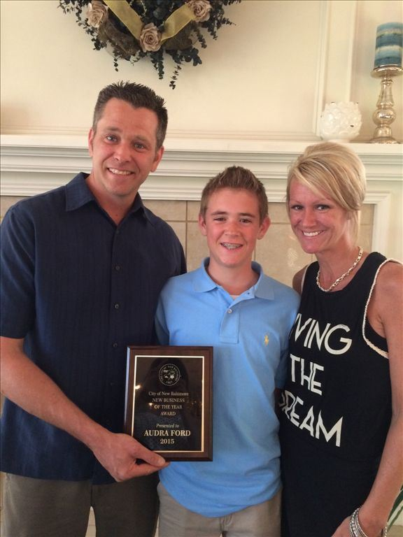 2015 New Business of the Year Anchor Bay Pit Stop Diner, Eric, Audra and Austin Ford